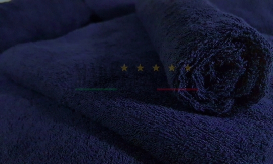 Vendita Set Asciugamani Spugna Blu Notte 450 grammi Centri Benessere Dettaglio